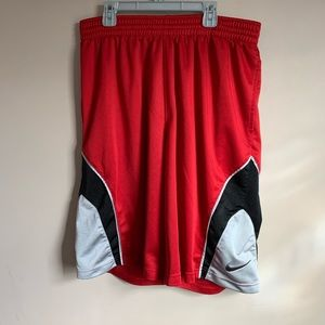 """mens size large red basketball shorts 11"""" inseam"""